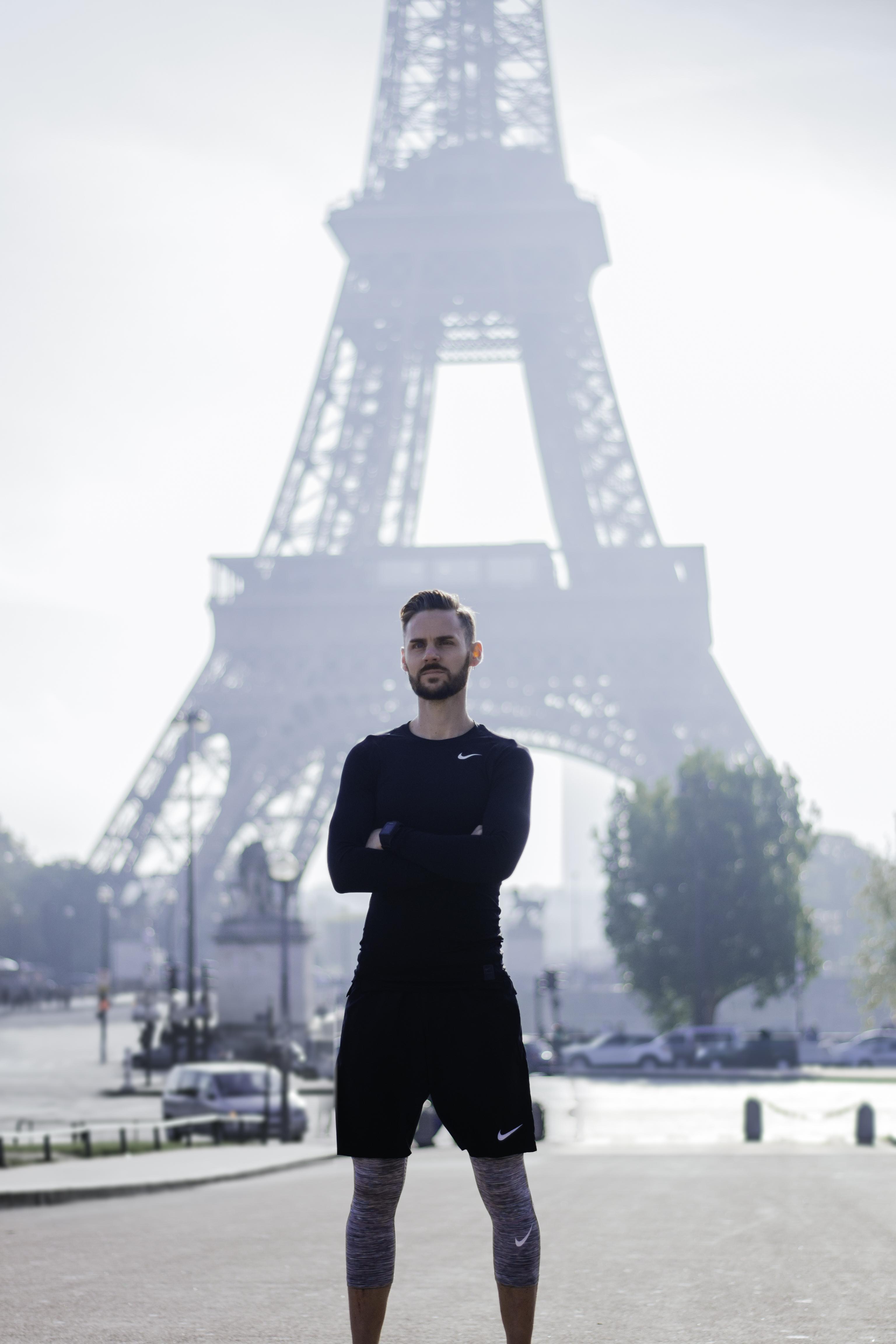 Maxime does it better at Trocadéro W/ Maxime Krantz - Russel CADOR